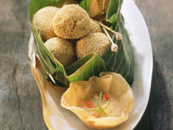 Frittierte Garnelen-Bällchen mit Chilisauce