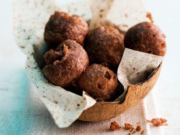 Frittierte Kokos-Reis-Kugeln