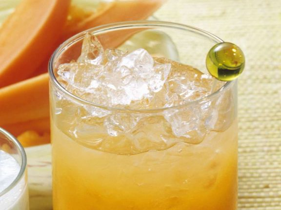 Frucht-Cocktail mit Curacao