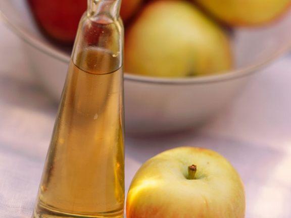 Fruchtiger Apfelessig
