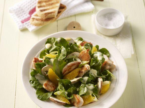 Fruchtiger Rapunzelsalat mit Hähnchen und Champignons
