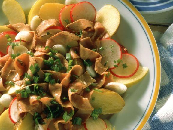 Fruchtiger Rindfleischsalat mit Radieschen
