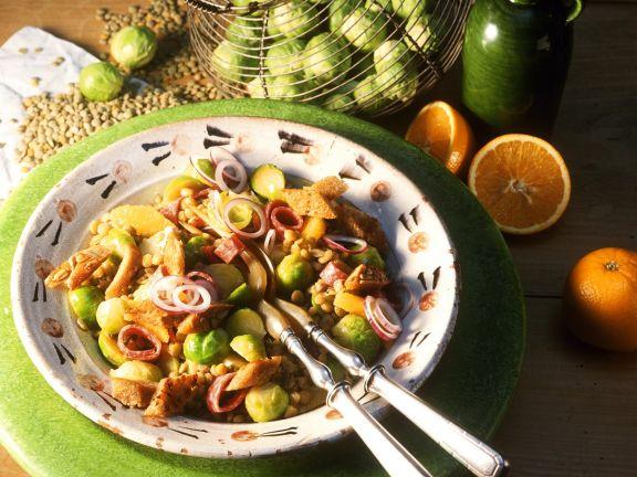 Fruchtiger Rosenkohlsalat mit Linsen