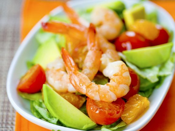 fruchtiger salat mit shrimps und avocado rezept eat smarter. Black Bedroom Furniture Sets. Home Design Ideas