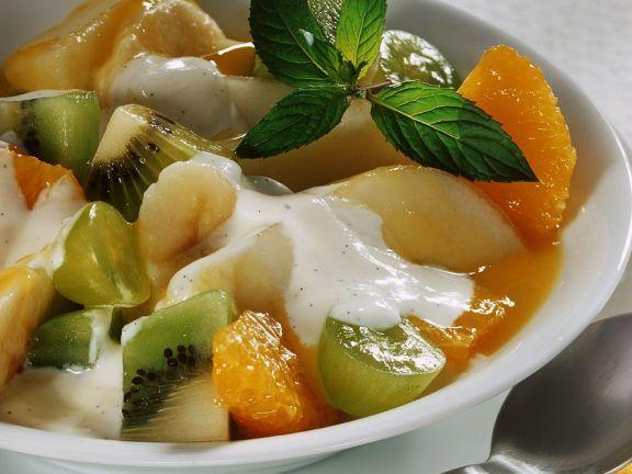 Fruchtsalat mit Vanillejoghurt