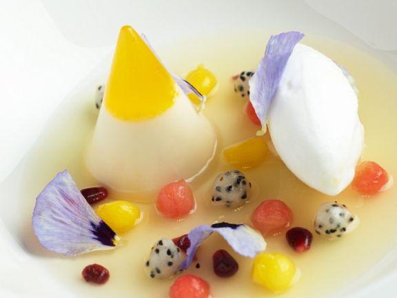 Fruchtsuppe mit Quarkcreme
