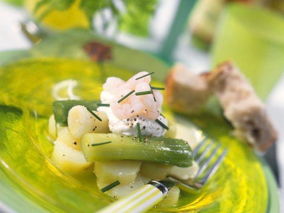 Garnelen auf Lauch- Kartoffel-Salat