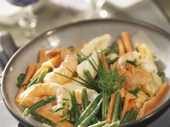 Garnelen und Seezunge mit Karotten-Bohnen-Gemüse