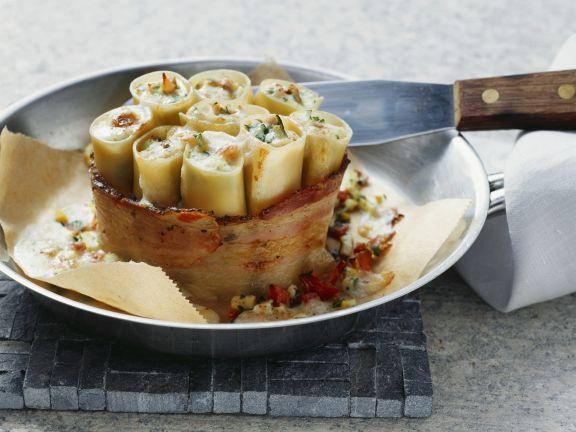 Gebackene Cannelloni mit Ei und Bacon
