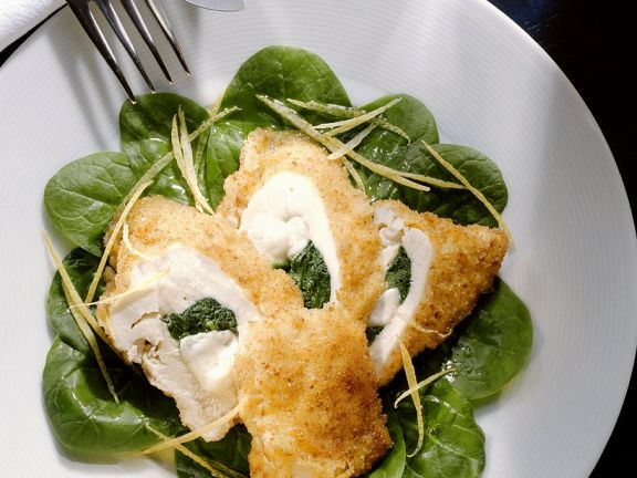 Gebackene Hähnchenbrust mit Spinat-Käse-Füllung