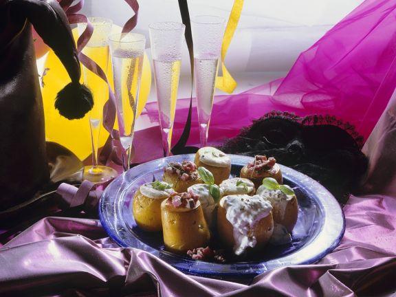Gebackene Kartoffeln mit Matjestatar und Fischcreme