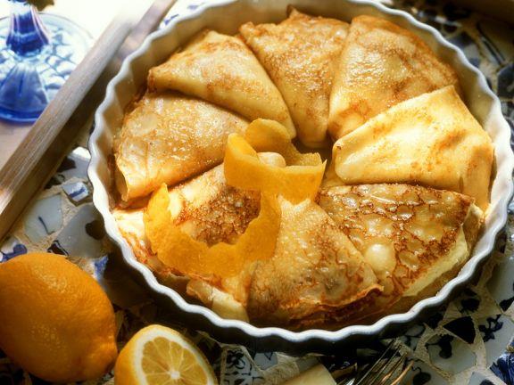 Gebackene Pfannkuchen mit Quarkfüllung