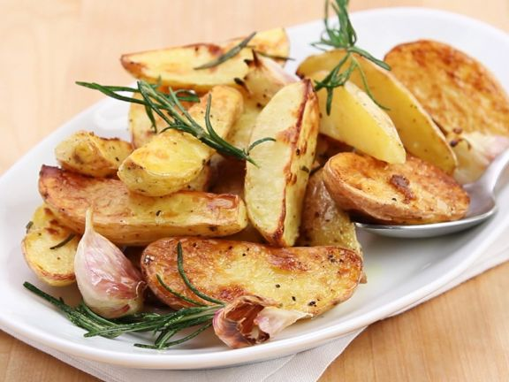 Gebackene Rosmarinkartoffeln