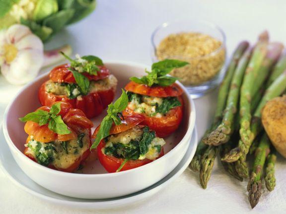 Gebackene Tomaten mit Spinatfüllung