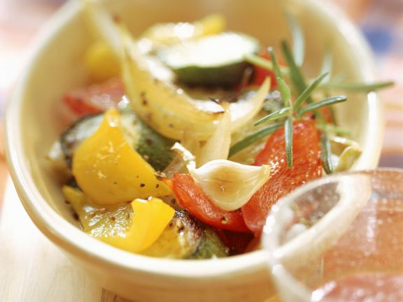 Gebackenes Gemüse mit Kräutervinaigrette