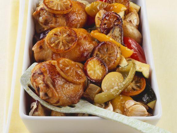 Gebackenes Zitronen-Hähnchen mit Gemüse