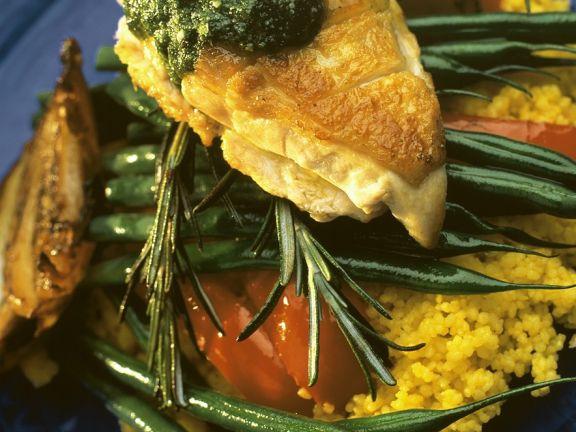 Gebratene Hähnchenbrust mit Gemüse