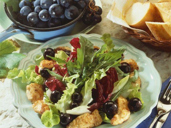 Gebratene Hähnchenbrust mit Weintraubensalat