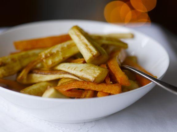 Gebratene Karotten und Pastinaken