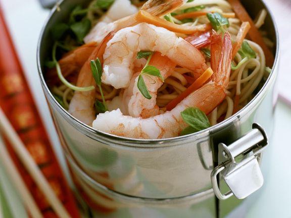 Gebratene Nudeln mit Shrimps