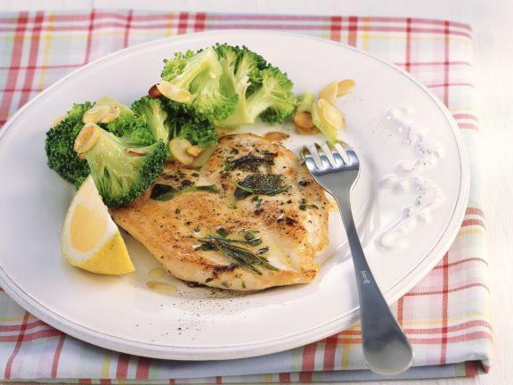 Gebratenes Hähnchen mit Mandel-Brokkoli