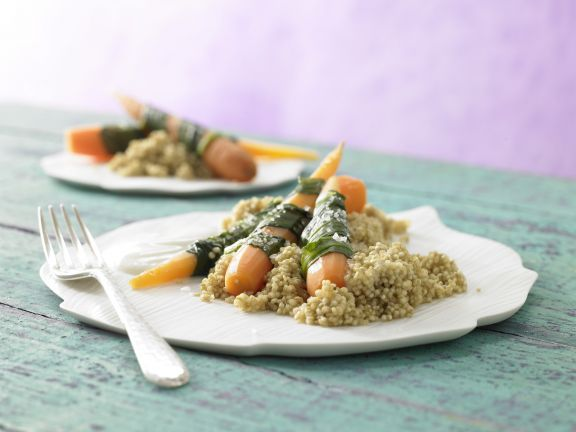 Gedämpfte Bärlauch-Möhren mit Sesam-Quinoa