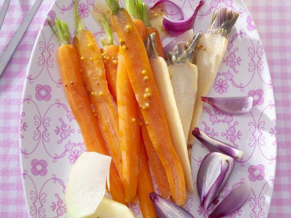 Gedünstetes Gemüse mit Senfvinaigrette