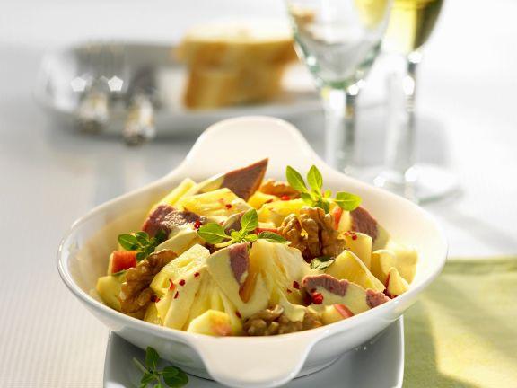 Geflügelsalat mit Ananas und rotem Pfeffer