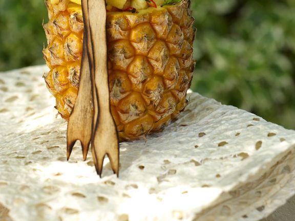 Gefüllte Ananas
