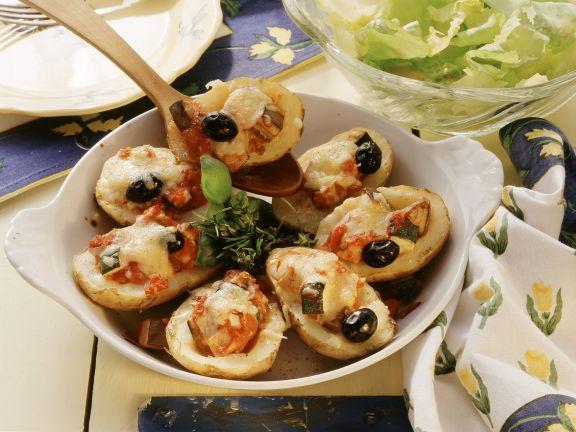 Gefüllte Kartoffeln mit Käsehaube