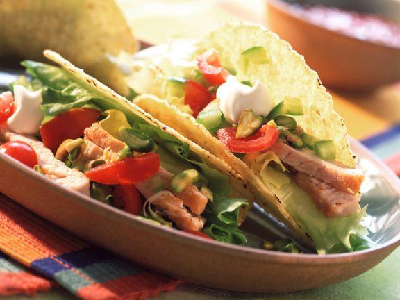 Gefüllte Tacoschalen