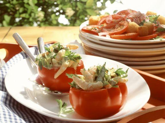 Gefüllte Tomaten mit Avocado und Shrimps