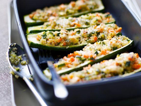 Gefüllte Zucchini mit Quinoa
