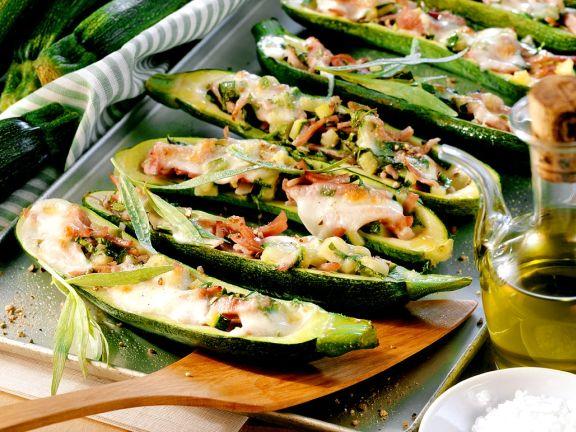 Gefüllte Zucchini mit Schinken