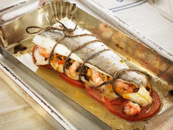 Gefüllter Seehecht aus dem Ofen