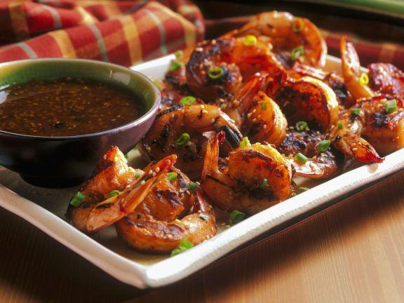 Gegrillte Shrimps mit Sauce