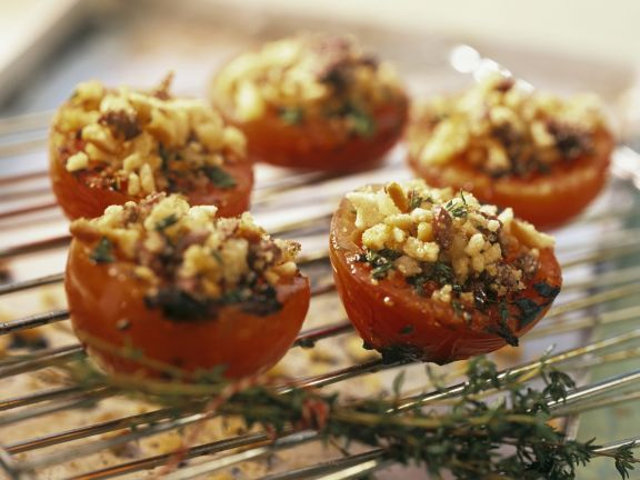 Gegrillte Tomaten mit knuspriger Brotkruste