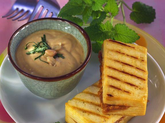 Gegrillter Erdnuss-Tofu