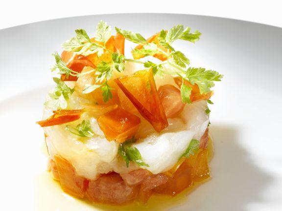 Gehackte Tomaten mit Weißfisch und Petersilie