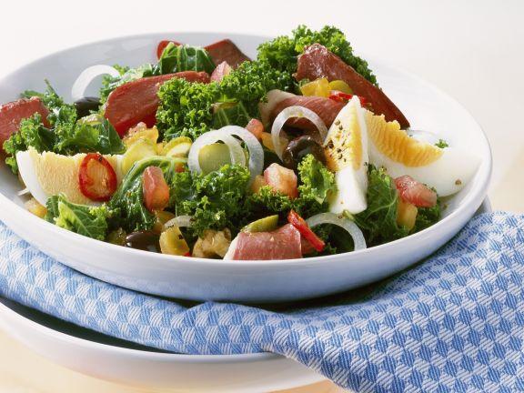 gemischter salat mit gr nkohl und entenbrust rezept eat smarter. Black Bedroom Furniture Sets. Home Design Ideas
