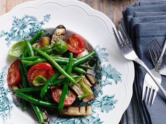 Gemüse-Auberginensalat