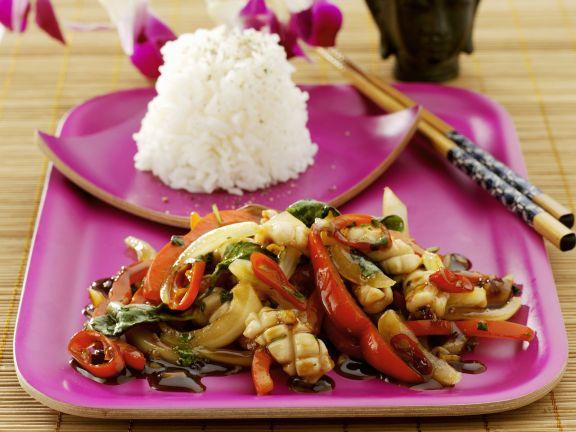 Gemüse-Hähnchen-Pfanne auf thailändische Art