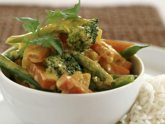 Gemüse in Currysoße