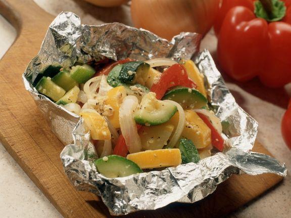 Gemüse in Folie gegart