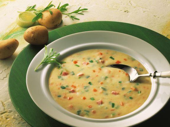 Gemüse-Kartoffel-Cremesuppe