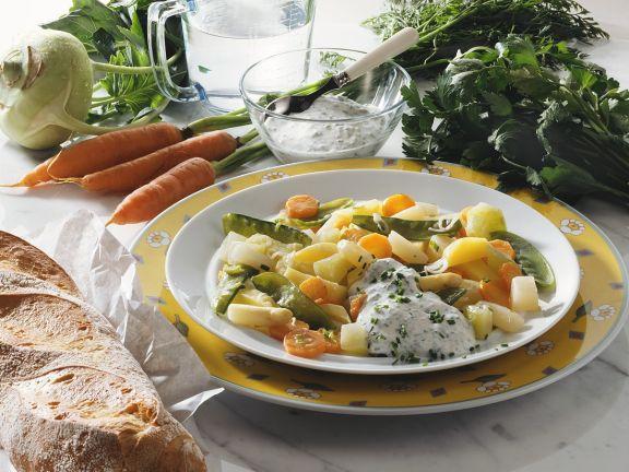 Gemüse mit Kräutercreme