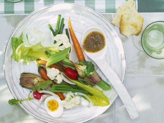 Gemüse mit pikanter Sauce