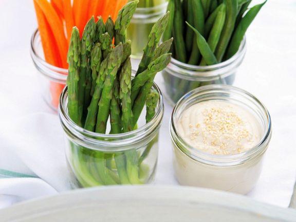 Gemüse mit Tofucreme