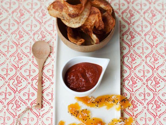 Gemüsechips mit selbstgemachtem Ketchup