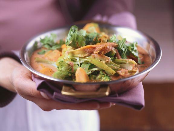 Gemüsecurry mit Mandeln